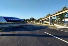 un puente derrumbado a la altura de el peligro en ruta 2